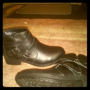 b.o.c. Shoes - boc ankle high boots